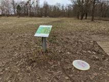 Spannung, Sport und Natur beim Disc-Golf im Volkspark Potsdam